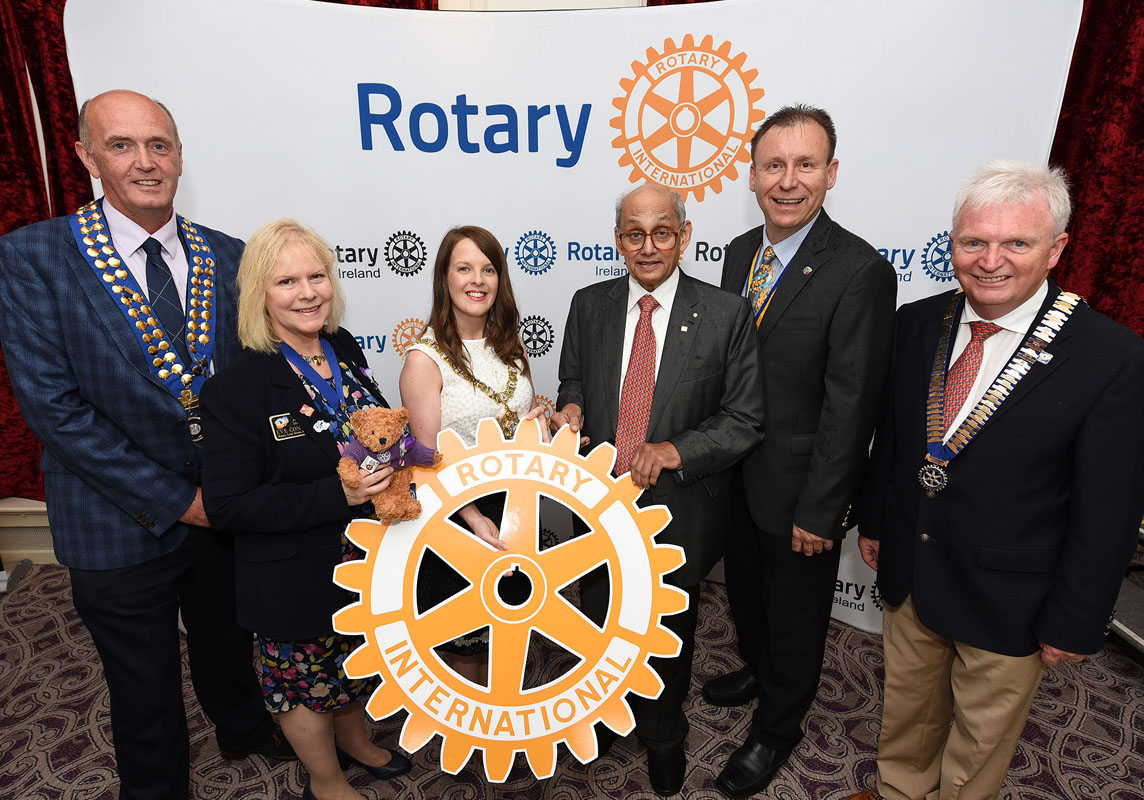Rotary Dinner in Europa 12210617